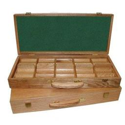 Click here to learn more about the Oak 500 Chip Capacity Wood Poker Chip Case.
