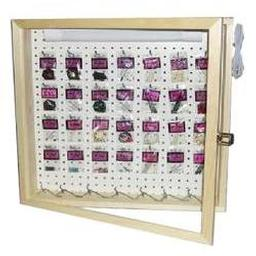 Click here to learn more about the 2'X2' Lighted and Locking Dart Display Case.